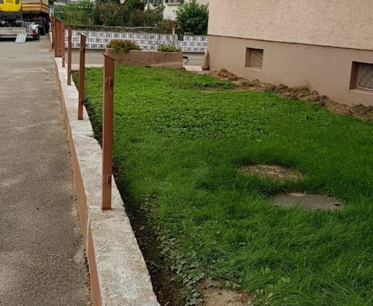 Gartengestaltung | Gartenpflege | Rollrasen | Grab-, Erd- und ...